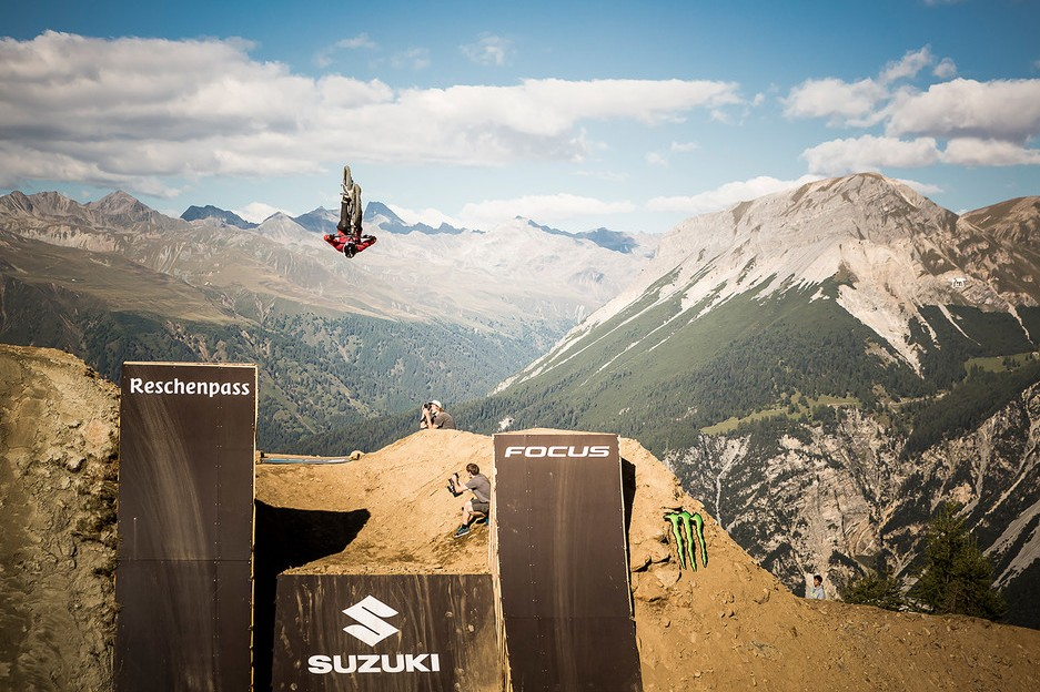Dirt jump and slopestyle